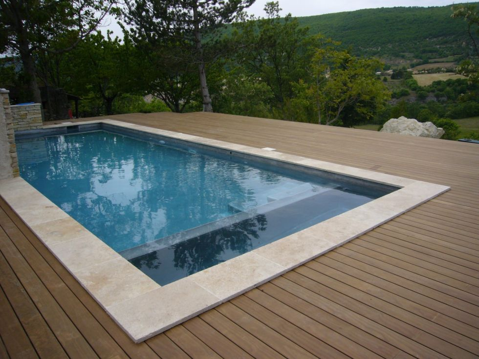Pose de plage en bois pour piscine aix en provence ambiance terrasse - Tour de piscine en bois ...